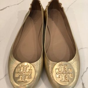 Tory Burch....Gold w/gold Logo Reva Flats...8